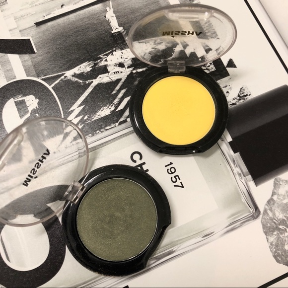missha Other - MISSHA✨Set of Eye shadow (army green & yellow)